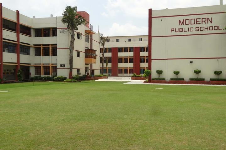Modern Public School-School Building