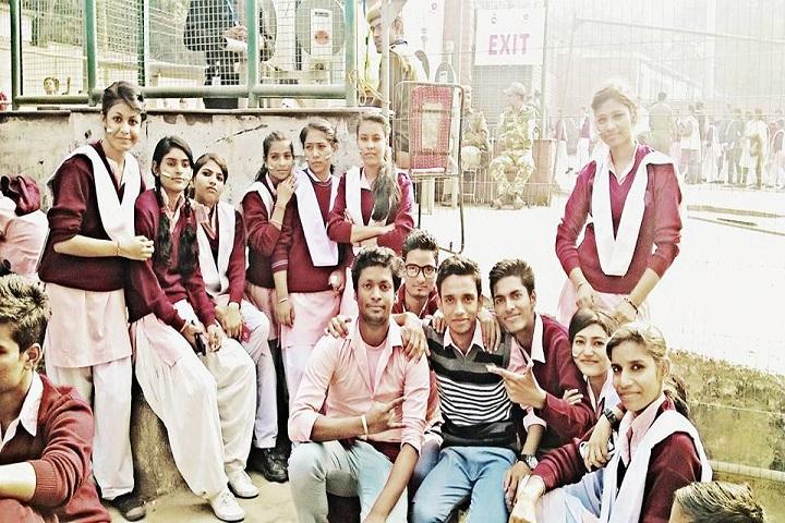 N P Co-Educational Senior Secondary School-Students