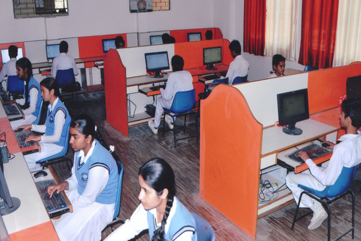 National Public School-IT Lab