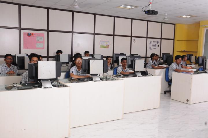 The Vizag International School- Computer Lab