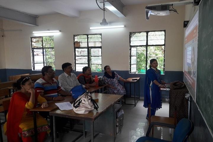 Navyug School-Smart-Classroom