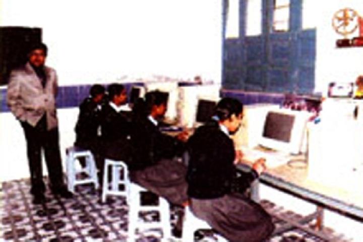 New Saraswati Public Secondary School-Computer Lab