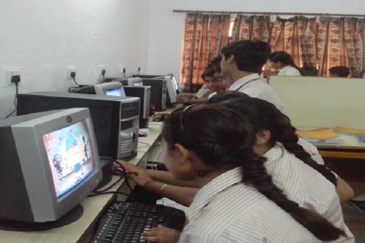 North Delhi Public School-Computer-Lab