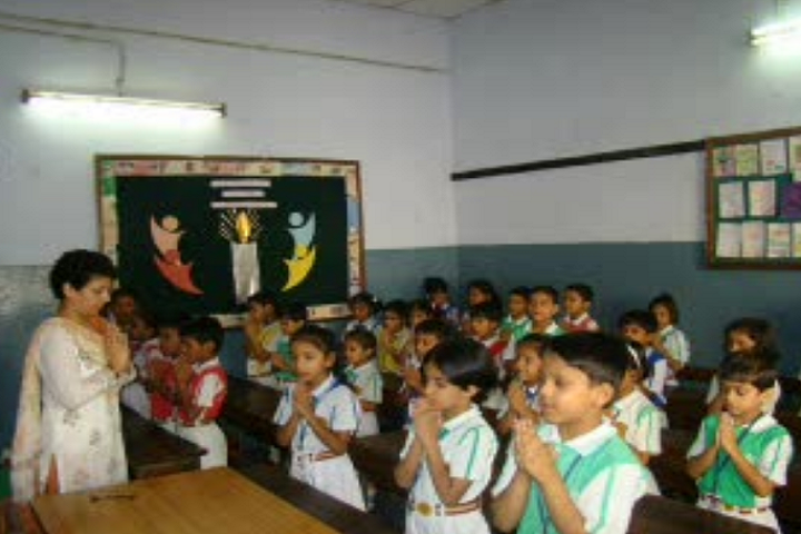Notre Dame School,badarpur-Classroom