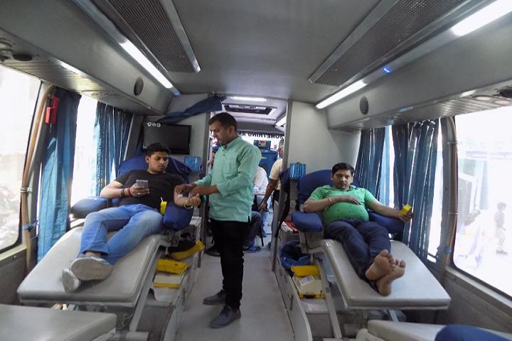 P G D A V Sr Sec School-Blood donation campaign