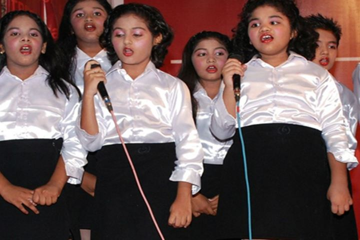 Tripura English Medium School-Singing