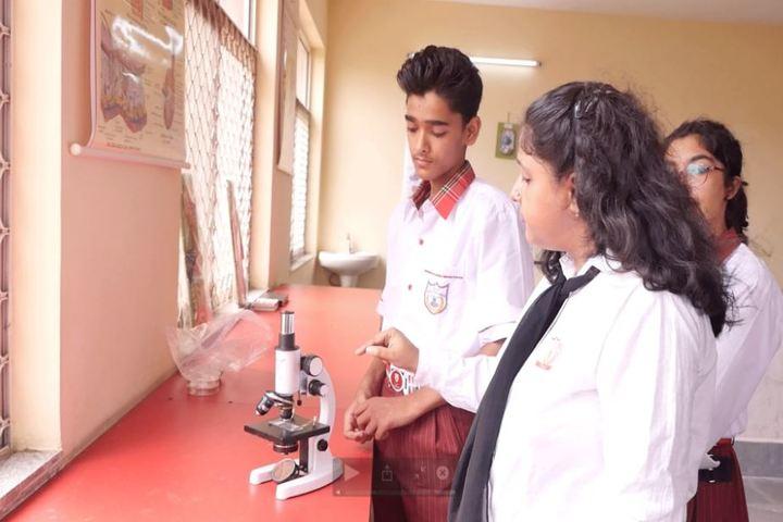 Queen Global International School-Biology Lab