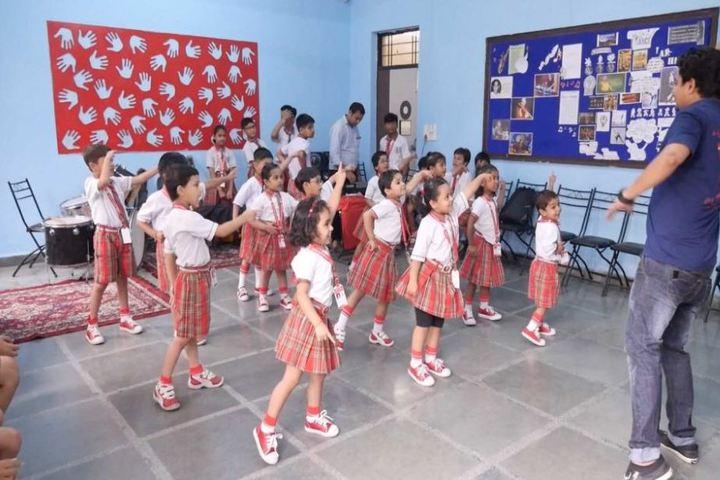 Queen Global International School-Dance Class