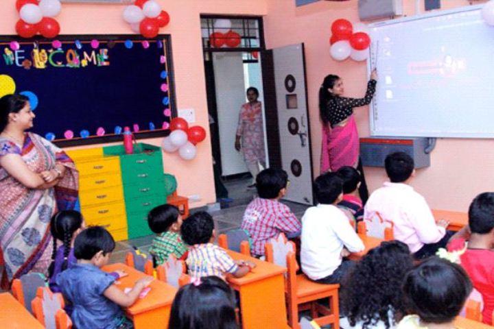 Queen Global International School-Kids Classroom