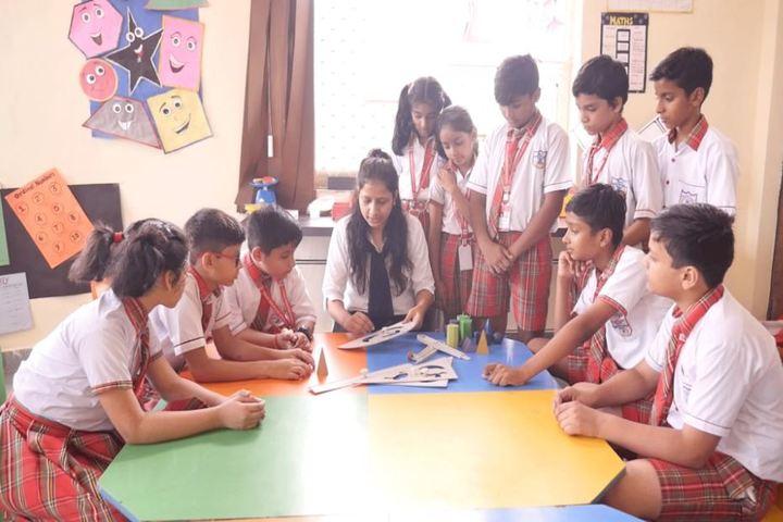 Queen Global International School-Maths Lab