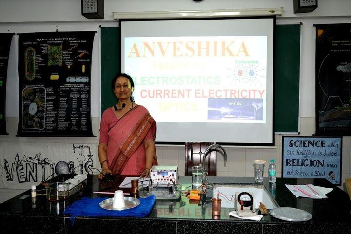 Queens Valley School-Workshop