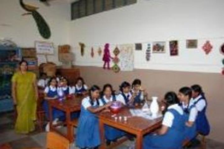V P Siddhartha Public School-Crafts