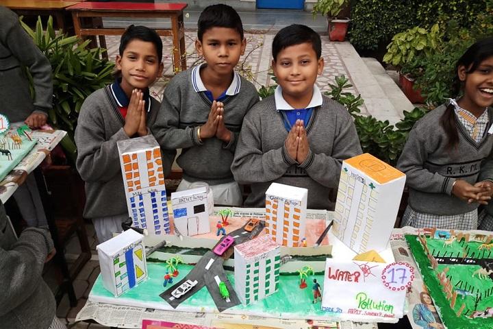 R K Memorial Public School-Art And Craft Activity