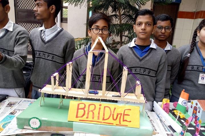 R K Memorial Public School-Science Exhibition