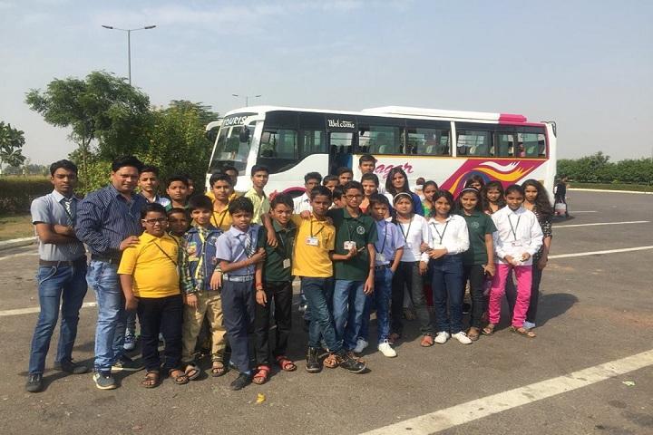 R D International School-Tour to Aagra