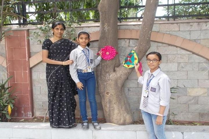 Rainbow English School-Raksha Bandhan