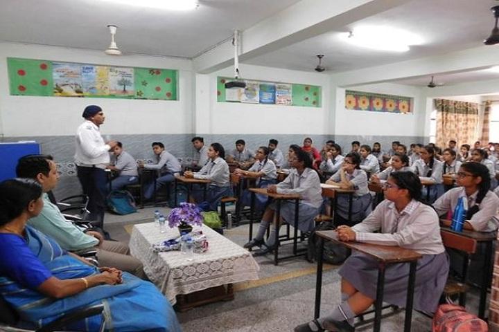 Rainbow English School-Workshop