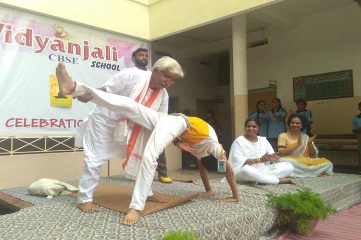 Vidyanjali School-Yoga