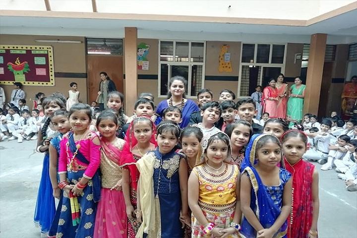 Rao Mohar Singh Memorial Pub School-Group photo