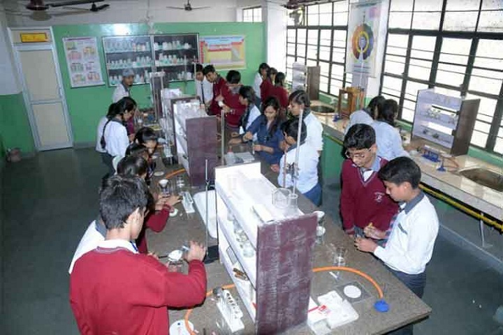 Ratan Jee Modern School-Chemistry Lab