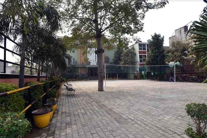 Ratan Jee Modern School-Badminton Court