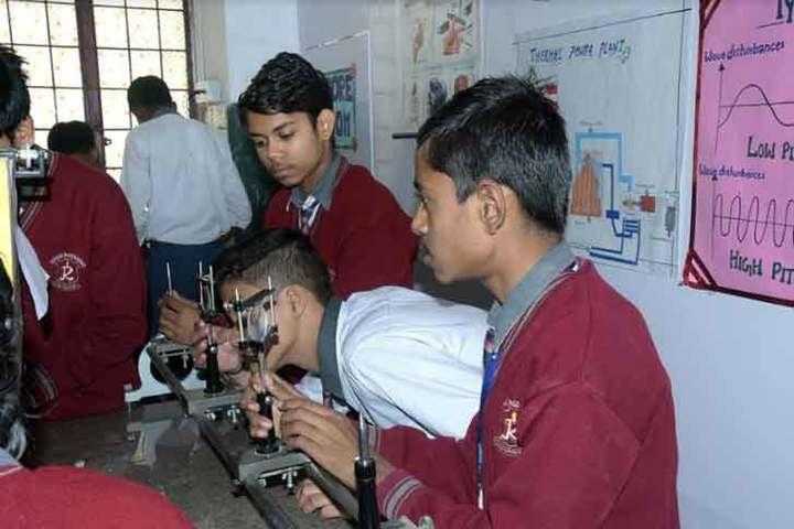 Ratan Jee Modern School-Biology Lab