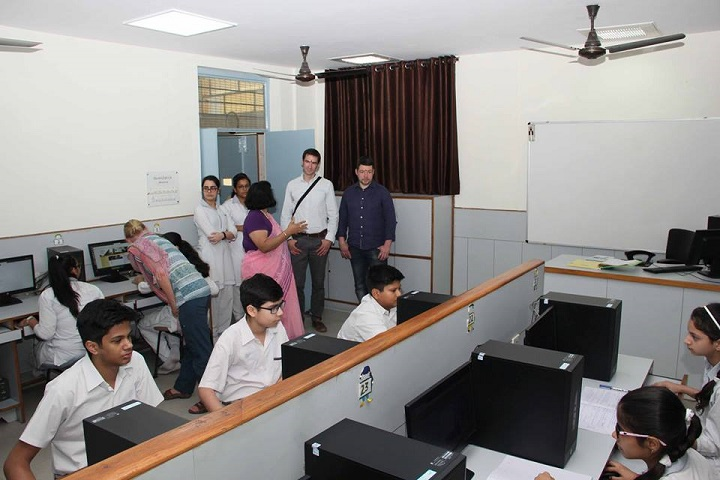 Rukmani Devi Public School-ComputerLabs
