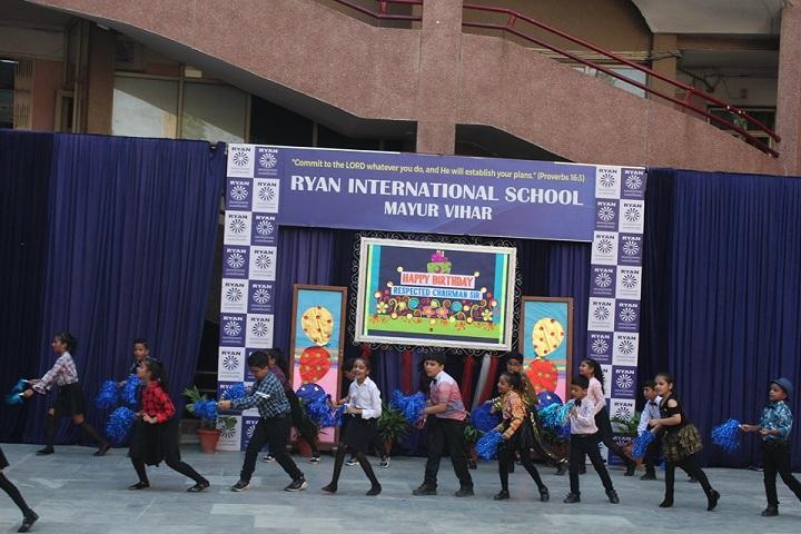 Ryan International School-Dancing