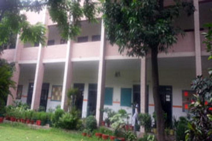 Shri Guru Tegh Bahadur Khalsa Girls Senior Secondary School-School Campus