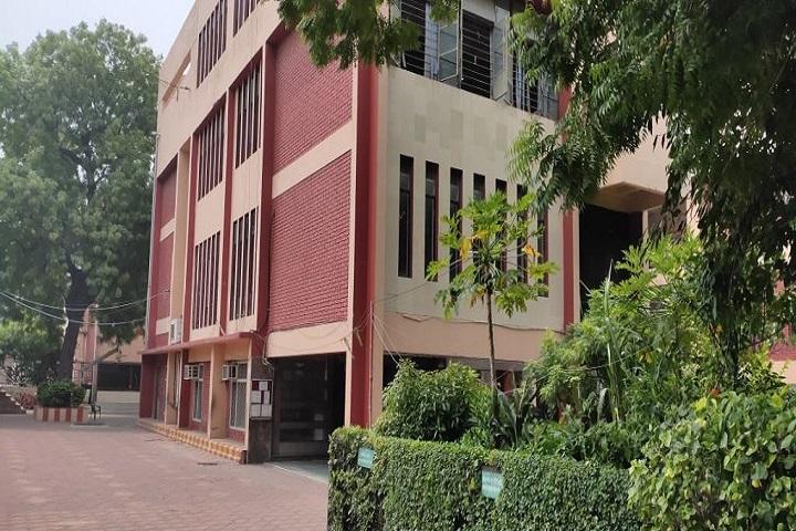 SSLT Gujarat Senior Secondary School-Campus View
