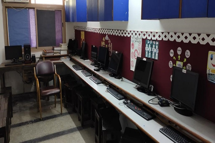 SSLT Gujarat Senior Secondary School-Computer Lab