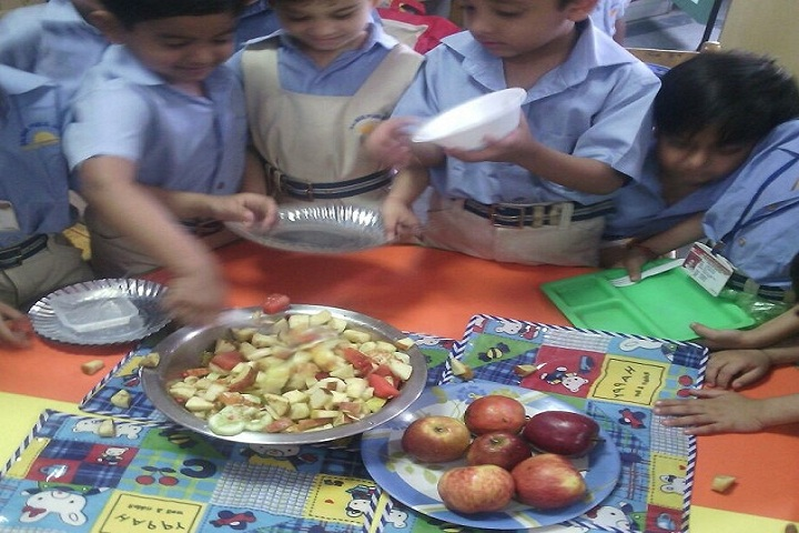 Salwan Public School-Fruit Chat Activity