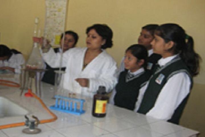 Sanatan Dharam Public School-Science Lab