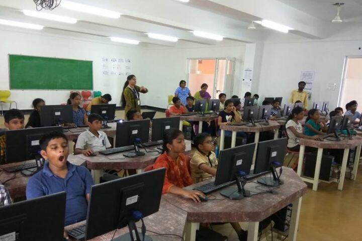 VIVA The School- Computer Lab