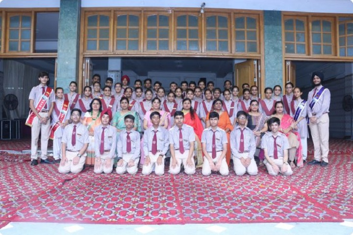 Sri Guru Nanak Public School-Investiture Ceremony
