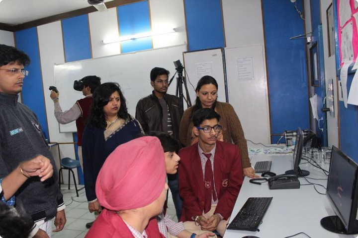 Sri Guru Nanak Public School-Work Shop