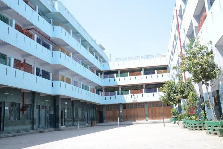 Sri Guru Nanak Public School-campus