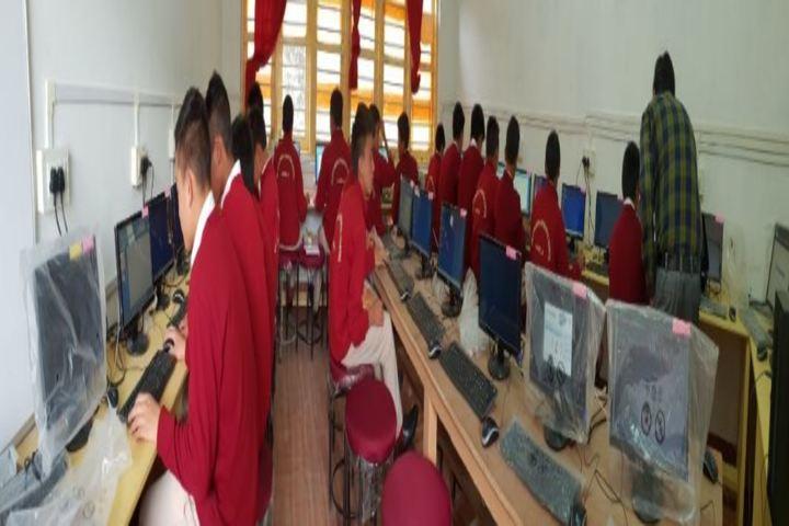 Eklavya Model Residenital School-Computer Lab