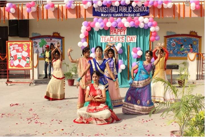 Vanasthali Public School-Teachers Day Dance Performance