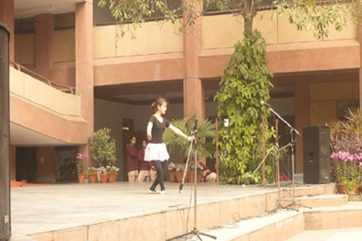 Vasant Valley School-Music