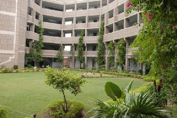 Veda Vyasa D A V Public School-Campus-view