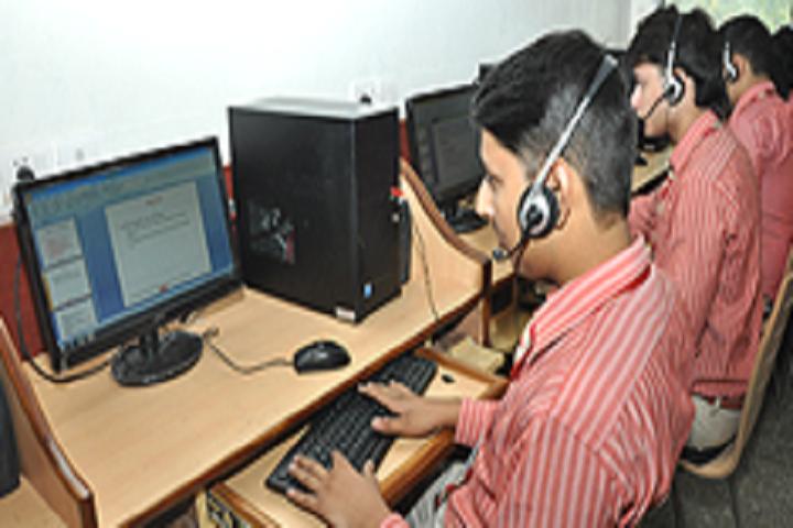 Vishal Bharti Public School-Computer Lab