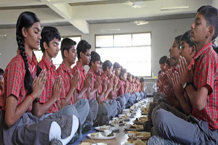 Adani Vidya Mandir-Cafeteria