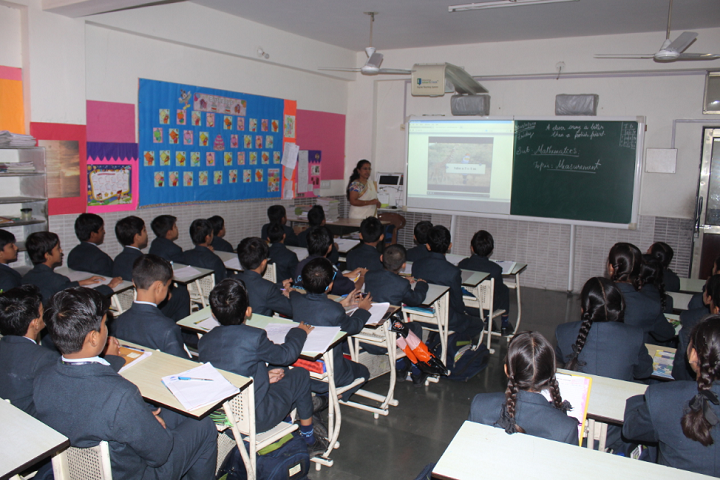 Alchemy School-Smart Classroom