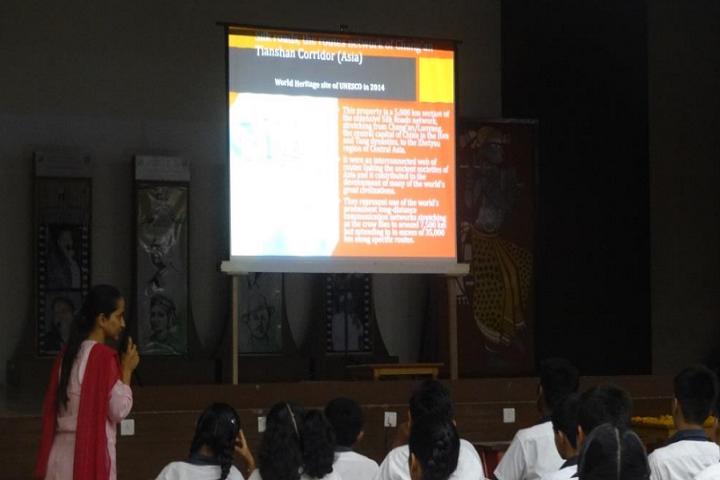Amarchand Singhvi International School-Digital classroom
