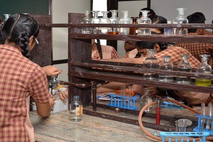 Amrita Vidyalayam-Laboratory