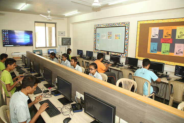 Anand Niketan School Sughad Campus-Computer Lab