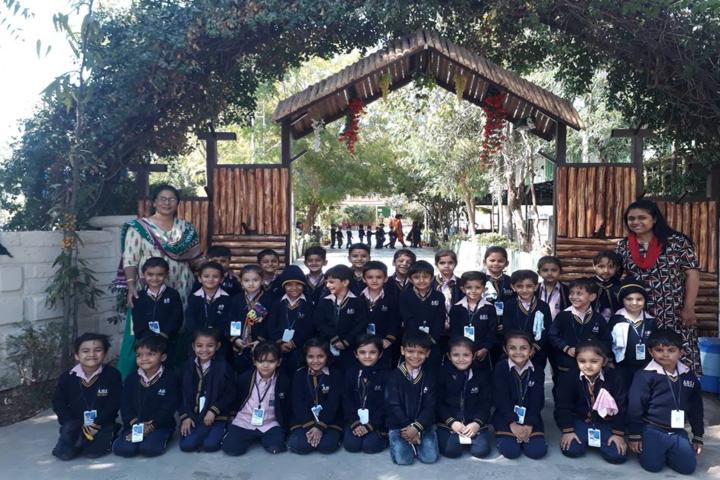 Asia English School-Excursion