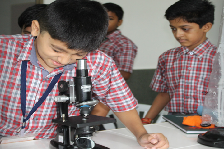 Avalon World School-Biology Lab