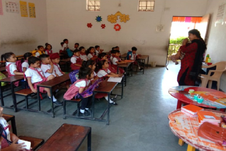 Baroda Public School-Classroom